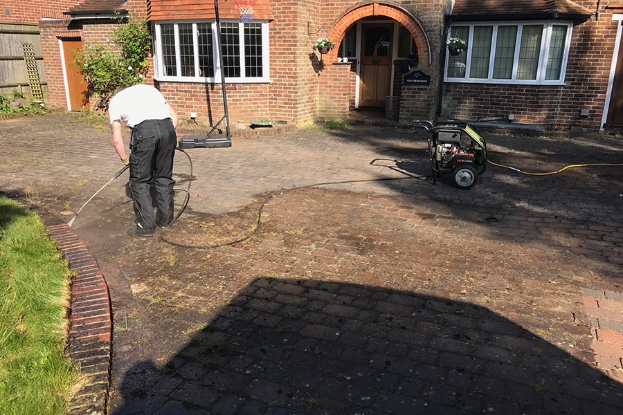 Surrey-Block-Paving-Cleaning