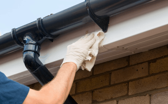 Upvc-Fascia,-Soffit-and-Gutter-Cleaning